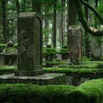 ТОП 10 необычных мест захоронений